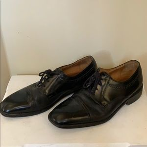 Bostonian dress shoes (free with other men's item)